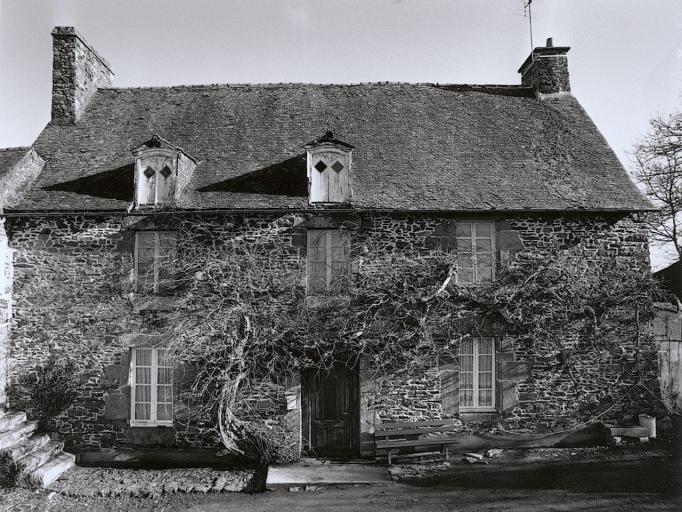 Présentation de la commune de Baguer-Pican ; Presbytère, le Vieux Presbytère (Baguer-Pican)