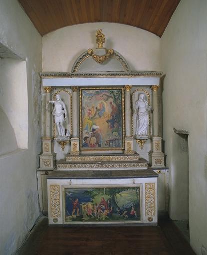 Ensemble de l'autel secondaire nord (autel, retable, 2 gradins)