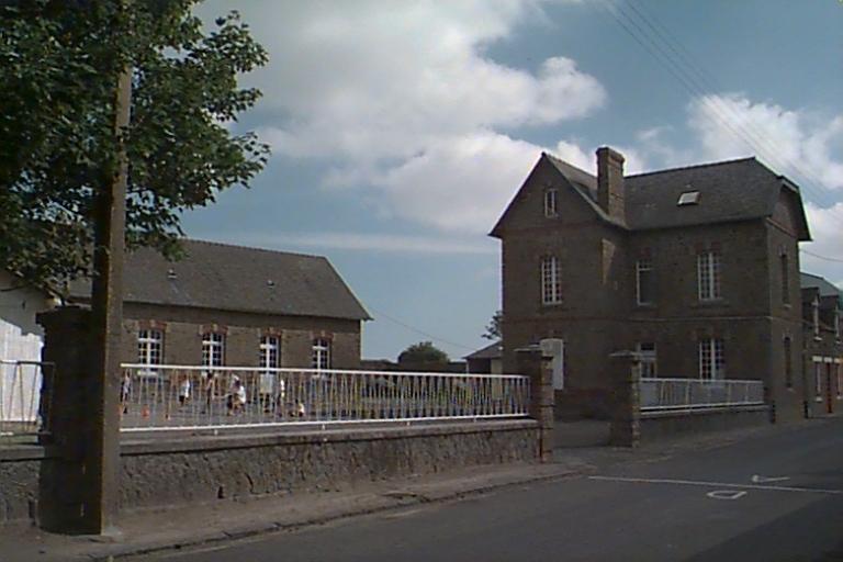 École, 11 rue de l'Académie (Cherrueix) ; Maison d'instituteur, 11 rue de l'Académie (Cherrueix)