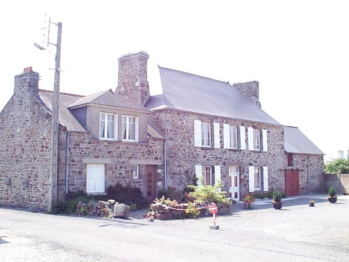 Maison, 2, 4 cour des Liesses (Le Vivier-sur-Mer)