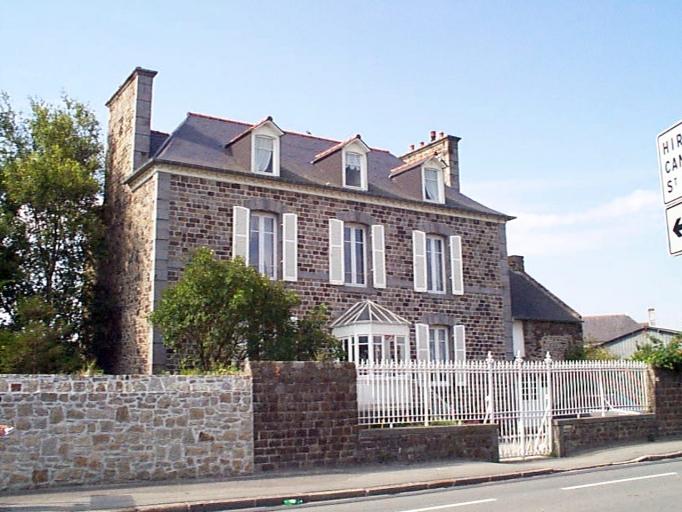 Maison, 1 rue de la Mairie (Le Vivier-sur-Mer)