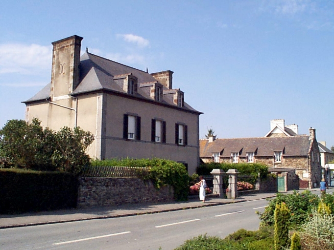 Maison, 7, 9 rue de la Mairie (Le Vivier-sur-Mer)