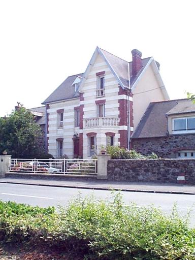 Maison, 13 rue de la Mairie (Le Vivier-sur-Mer)
