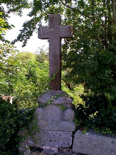 Croix de chemin, Cardequin ;  rue de Dol (Le Vivier-sur-Mer)