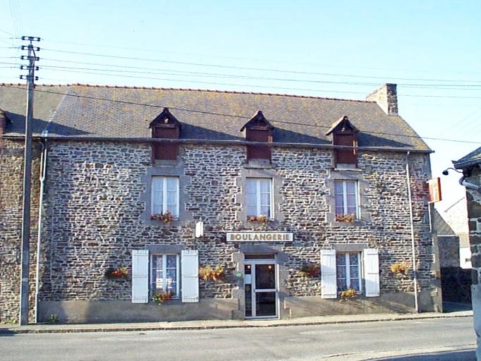 Maison, 7 rue de la Mairie (Roz-Landrieux)