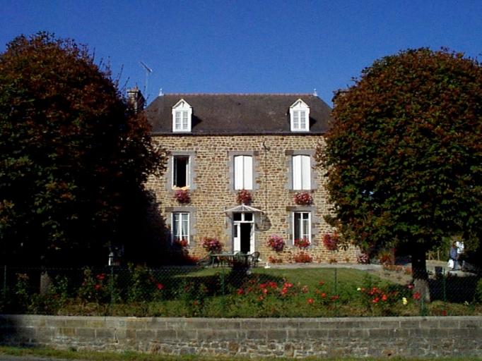 Maison, dite La Haie, la Basse Haie (Roz-Landrieux)