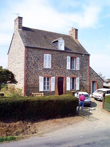 Maison, 17 rue des Marais, le Bas Bourg (Roz-Landrieux)