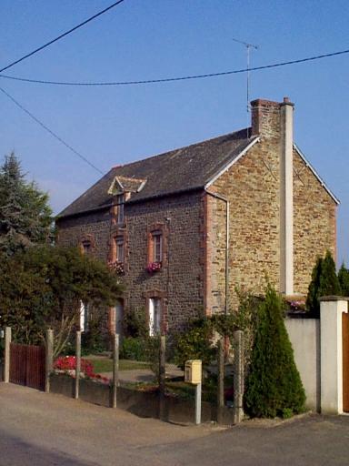 Maison, le Grand Chemin (Roz-Landrieux)