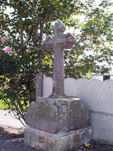 Croix de chemin, chemin du Bourg (Mont-Dol)