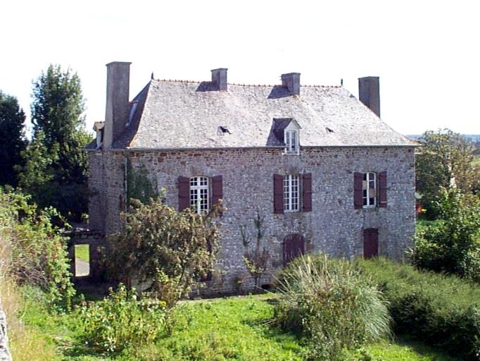 Présentation de la commune du Mont-Dol ; Presbytère (Mont-Dol)