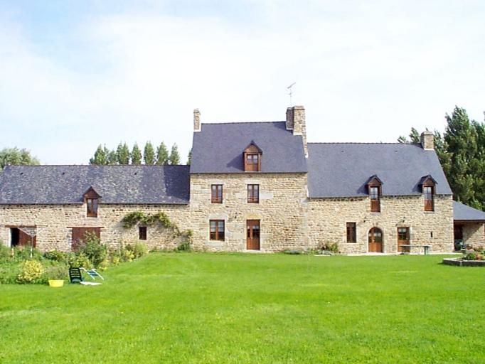 Ferme, la Grande Ville (Mont-Dol) ; Les maisons et les fermes sur la commune du Mont-Dol