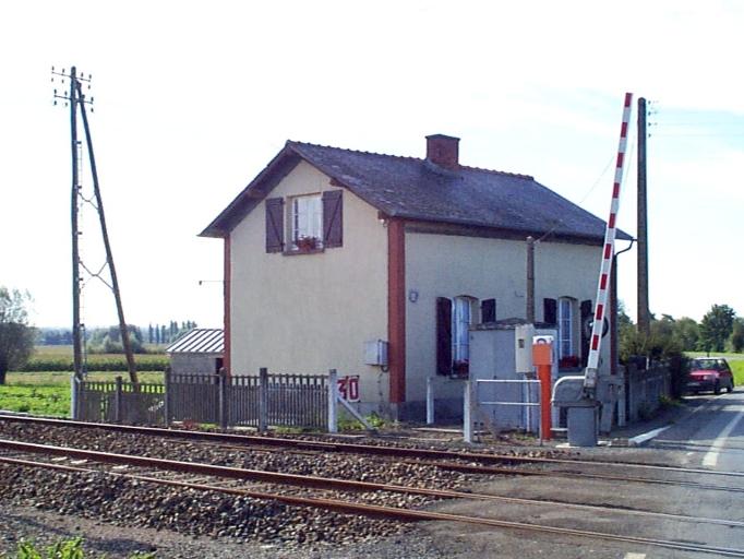 Maison de garde-barrière n°30, le Biez Guyoult (Mont-Dol)