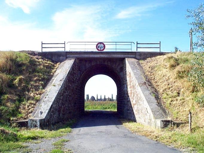 Pont de chemin de fer, le Chemin Vert (Mont-Dol) ; Voie ferrée Rennes-Saint-Malo (section Mont-Dol)