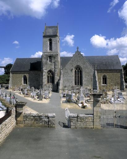 Eglise paroissiale, rue Saint-Etienne (Jugon-les-Lacs fusionnée en Jugon-les-Lacs - Commune nouvelle en 2016)