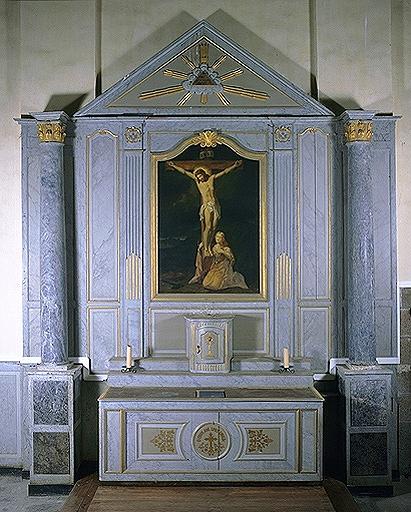Ensemble de l'autel du Calvaire (autel, retable, tabernacle, 2 degrés)