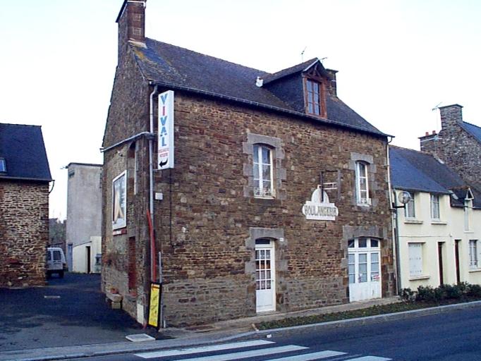 Maison, 37 rue de Paris (Baguer-Pican)
