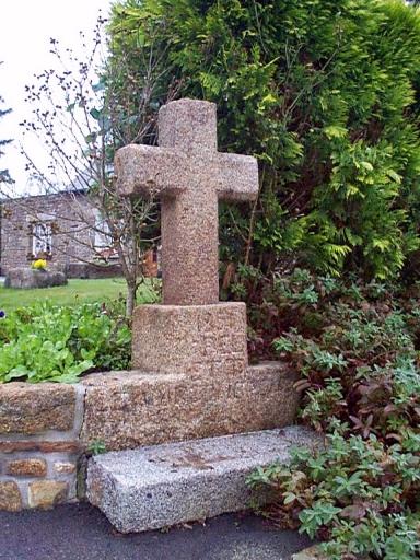 Croix de chemin, la Croix de Pierre (Epiniac)
