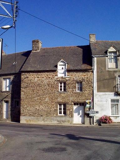 Maison, rue de l'Eglise (Roz-Landrieux)