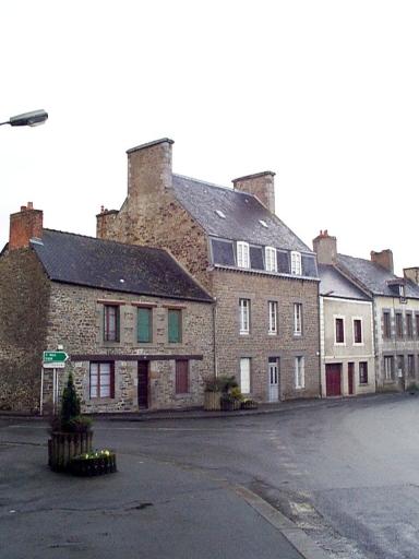 Maison, 39 rue Yves Estève (Dol-de-Bretagne)