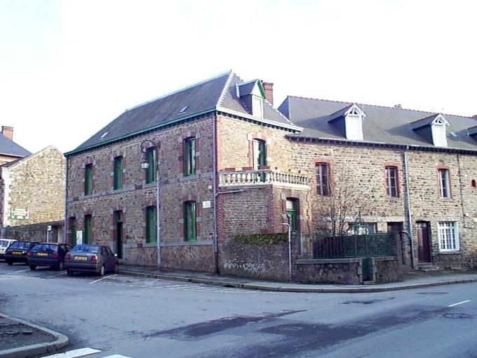 Maison, 1 place de la Cathédrale (Dol-de-Bretagne)
