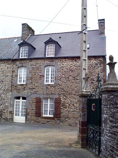 Maison, 3 place Saint-Samson, Carfantin (Dol-de-Bretagne)