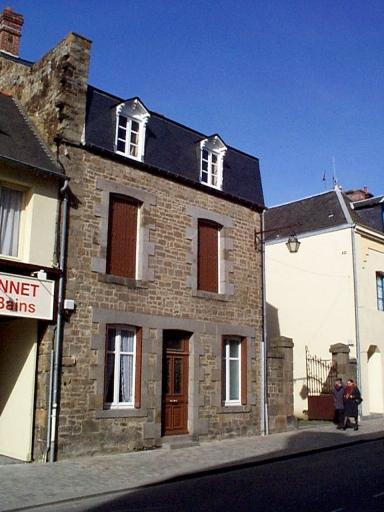 Maison, 35 rue Lejamptel (Dol-de-Bretagne)
