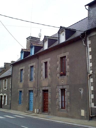 Maison, 38, 40 rue des Ponts (Dol-de-Bretagne)