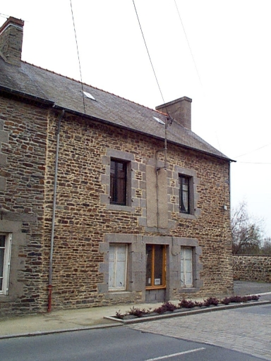Maison, 30 rue de Dinan, l'Abbaye-sous-Dol (Dol-de-Bretagne)