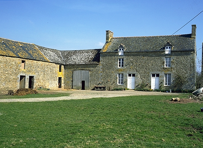 Présentation de la commune d'Epiniac ; Ferme, Bel Air (Epiniac)