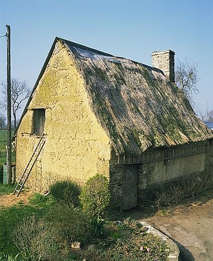 Présentation de la commune d'Epiniac ; Ferme, Travidal (Epiniac)