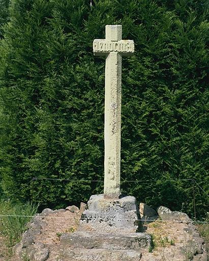 Croix de chemin, le Bahut (Epiniac)
