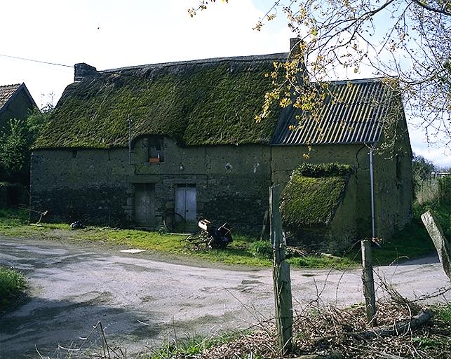 Présentation de la commune de Roz-landrieux ; Ferme, la Petite Mettrie (Roz-Landrieux)