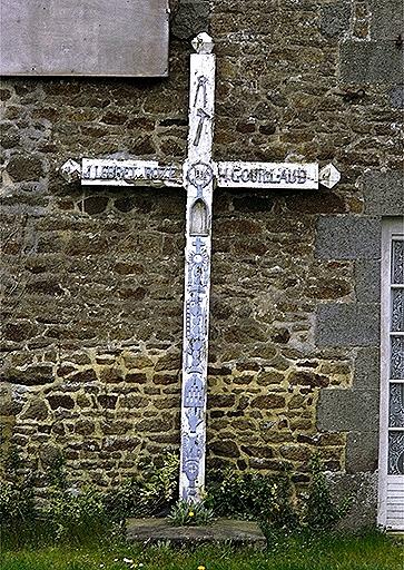 Croix de chemin, la Croix de Bois (Baguer-Morvan)