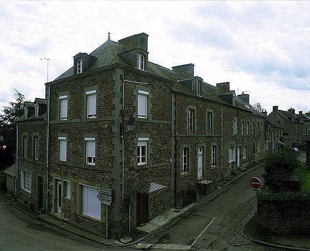 Maison, 3 rue Chateaubriand (Baguer-Morvan) ; Rue de Chateaubriand (Baguer-Morvan) ; Maison, 9 rue Chateaubriand (Baguer-Morvan)