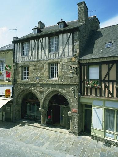 Maison, dite La Grisardière, 27 rue Lejamptel (Dol-de-Bretagne) ; Rue Etroite, actuellement rue Lejamptel (Dol-de-Bretagne)