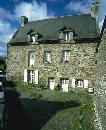 Maison, dite des Ilouses, 1 rue des Tanneries (Dol-de-Bretagne)
