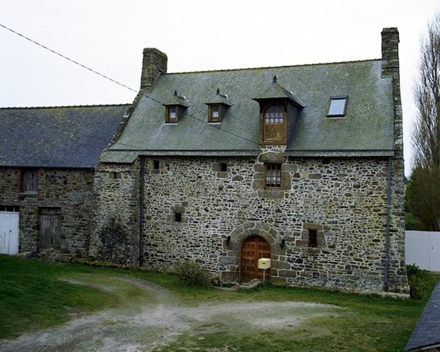 Présentation de la commune de Cherrueix ; Manoir, 60 rue du Han (Cherrueix)