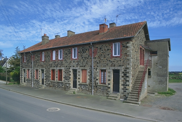 Immeuble, 37 à 47 rue Pierre Sémard (Dol-de-Bretagne)