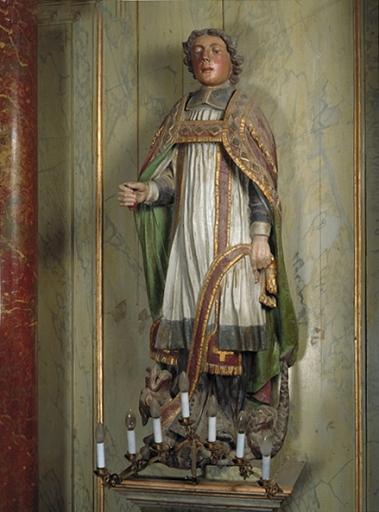 Statue: saint Armel