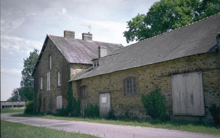 Laiterie industrielle de Saint-Séglin, puis Société Fromagerie Entremont Frères, actuellement maison, le Pont (Pipriac)