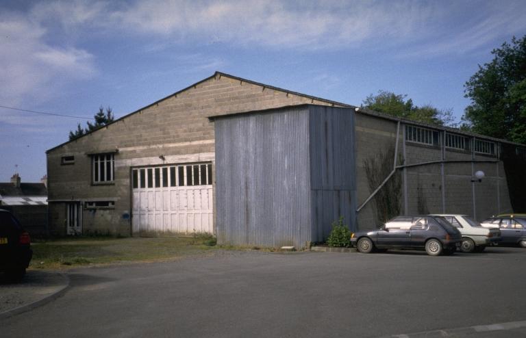 Usine de menuiserie Bidaud, puis usine de meubles Monvoisin, bourg (Pipriac)