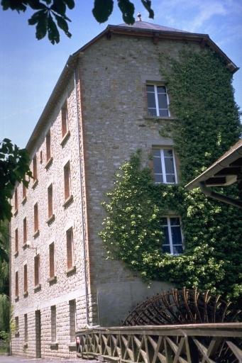 Moulin à blé de Montcorps, puis minoterie Brochet (Noyal-sur-Vilaine) ; Les moulins et fromageries sur la commune de Noyal-sur-Vilaine