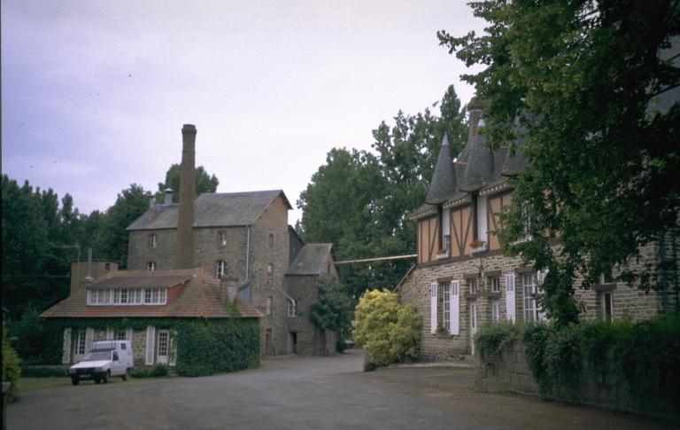 Moulin à blé de la Franceule, puis minoterie, actuellement usine de produits pour l'alimentation animale (Janzé)