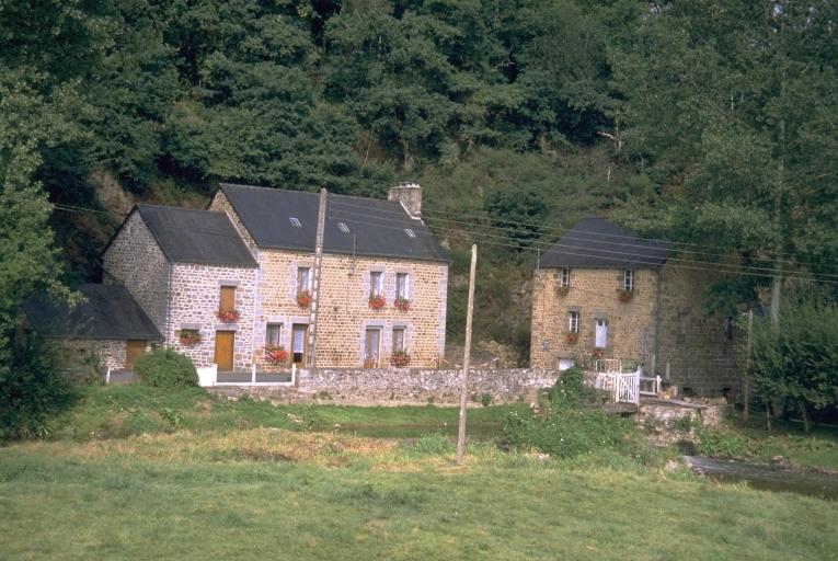 Moulin à farine de la Roche, puis minoterie, la Roche (Mézières-sur-Couesnon) ; Les moulins de la commune de Mézières-sur-Couesnon