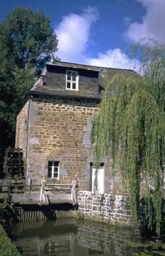 Moulin à blé du Houx, puis minoterie (Saint-Marc-sur-Couesnon fusionnée en Rives-du-Couesnon en 2019)