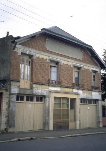 Usine de menuiserie Faisant, 41 rue du Général Chanzy (Fougères)