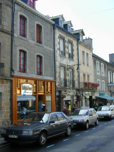 Maison, 37 rue Grande-Rue des Stuarts (Dol-de-Bretagne) ; Maison, 35 rue Grande-Rue des Stuarts (Dol-de-Bretagne)