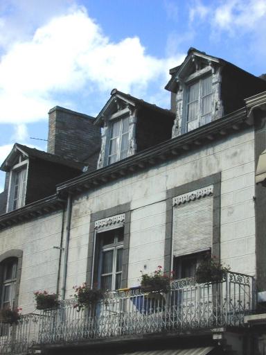 Ensemble de maisons en série, 46 à 66 rue Grande-Rue des Stuarts (Dol-de-Bretagne)