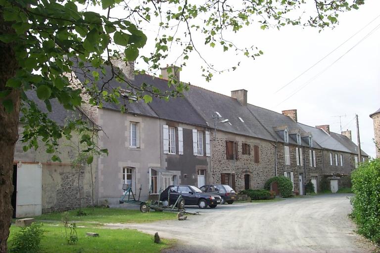 Maisons, impasse de l'Eglise (La Fresnais)