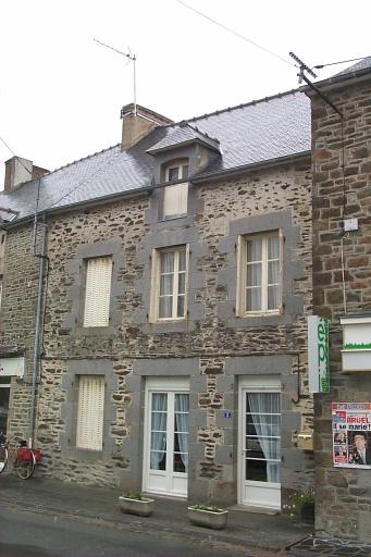 Maison, 5 rue de l'Abbé Trochu (La Fresnais)